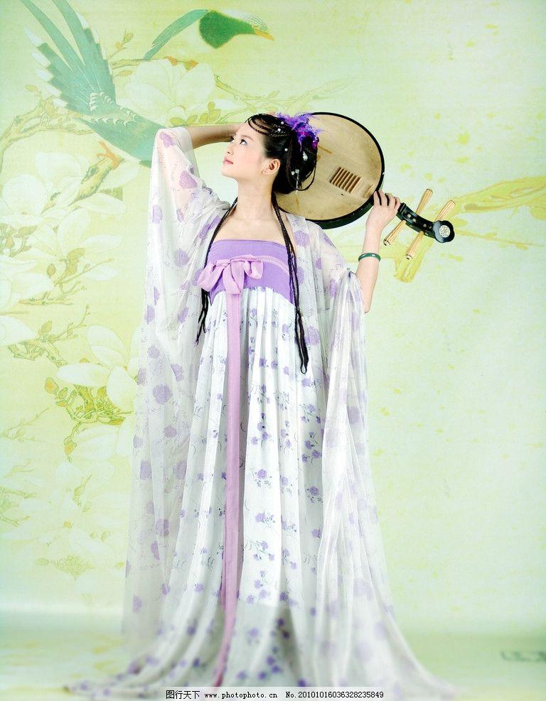 古典美女 古装 琵琶 乐器 少女 女孩 弹琴 人物摄影 人物图库