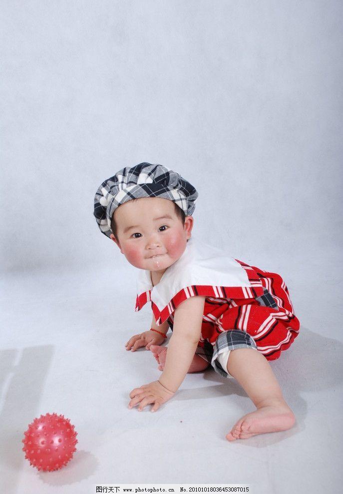 可爱宝宝 宝宝 男宝宝 帽子 领带 球 周岁宝宝 儿童幼儿 人物图库