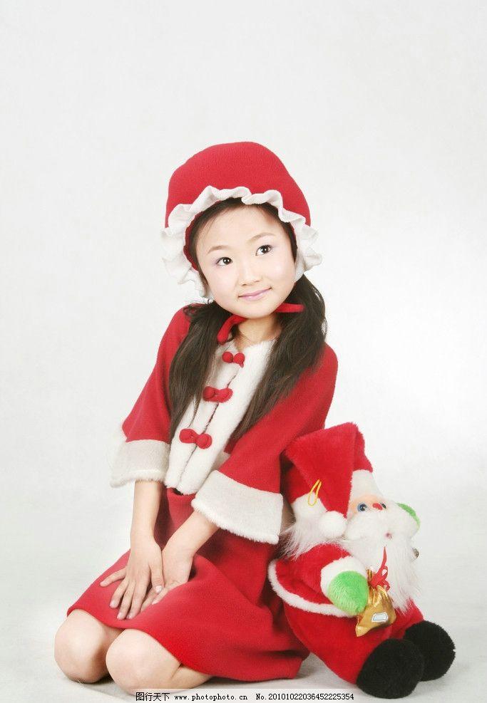 女孩和圣诞老人 女孩 帽子 女孩海报 儿童幼儿 圣诞老人 人物图库