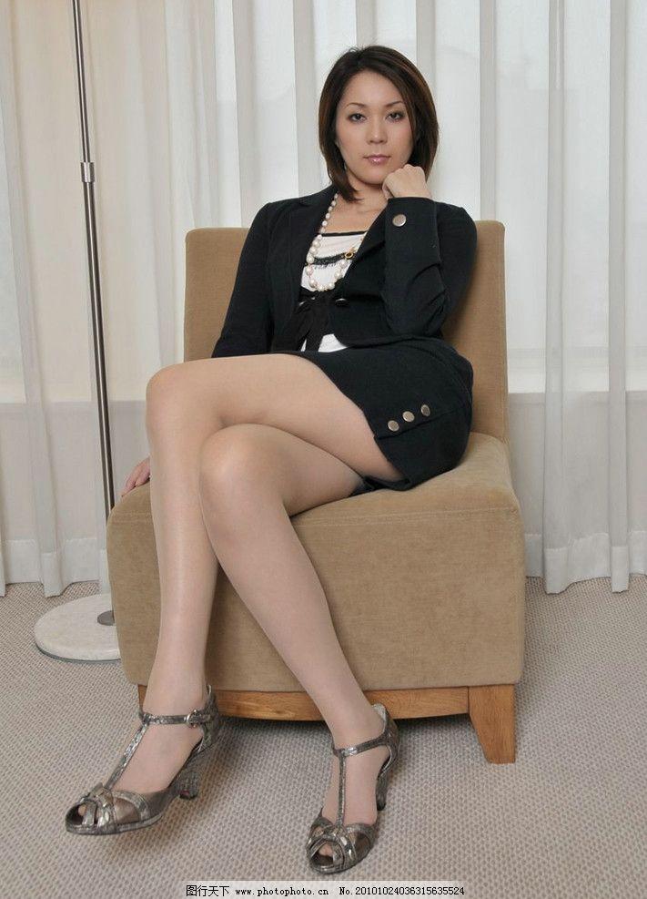 噢美性感老女人_老女人 办公 女郎 制服 丝袜 性感 高跟鞋 美女 睡觉 女仆