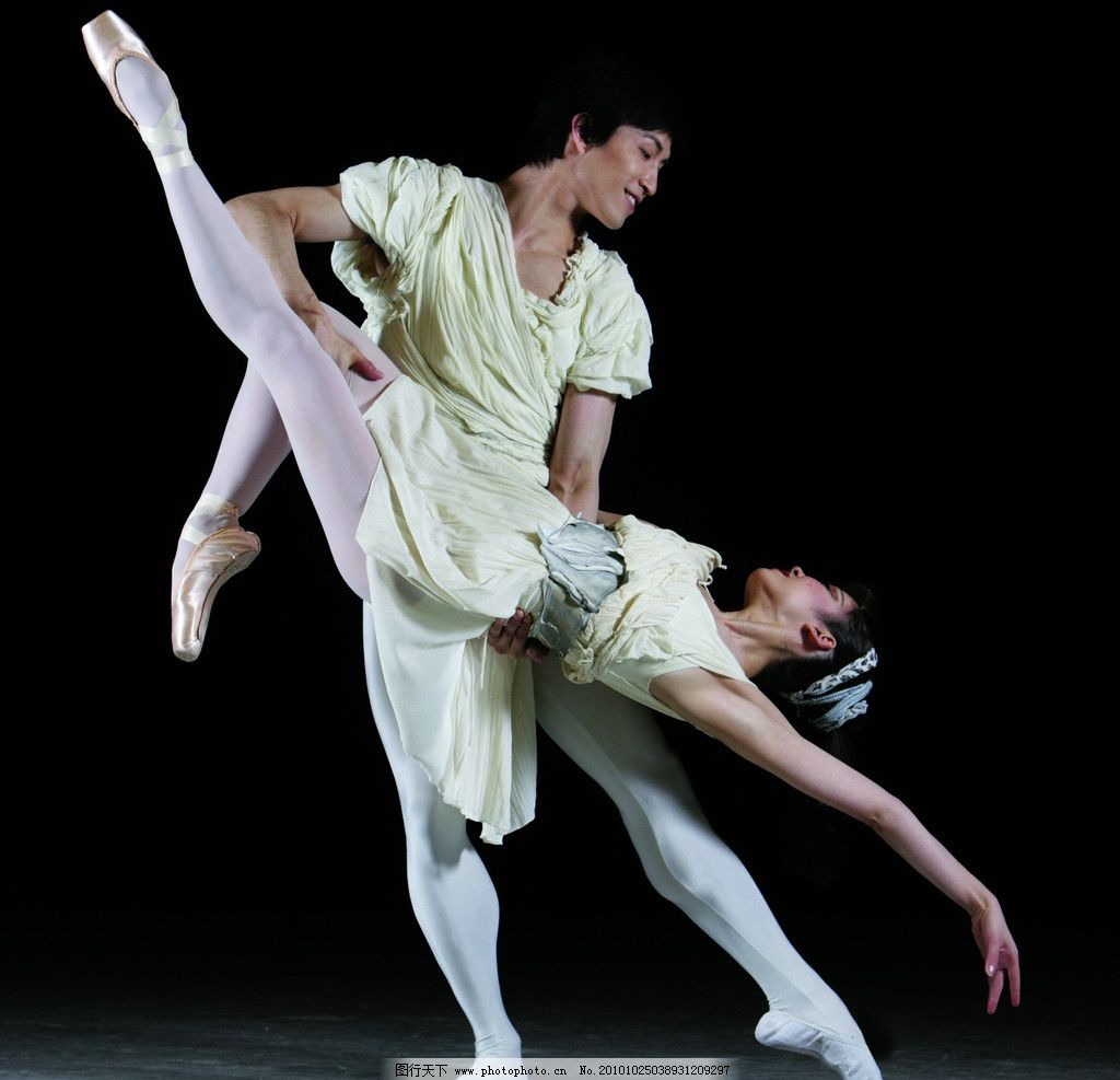 舞蹈人物 舞者 舞蹈 舞姿 舞鞋 芭蕾 ballet 室内 舞台 光影 造型