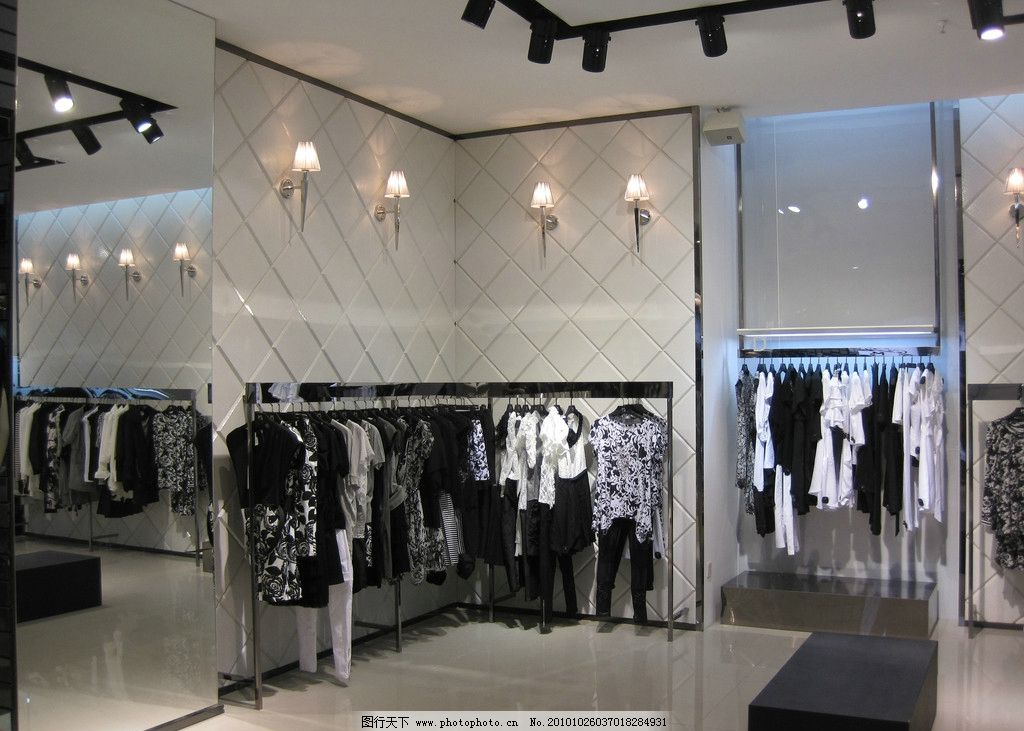m2时尚服饰 m2品牌服饰      服饰 服装店 店面装修图 服装效果图