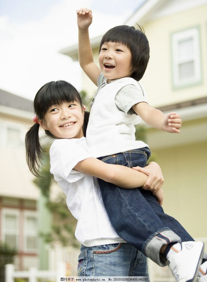 儿童高清图片 儿童 姐妹 小孩 宝宝 快乐 顽皮 可爱 调皮 小朋友