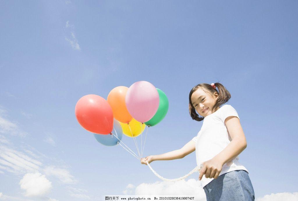 摄影图库 人物图库 人物摄影  儿童高清图片 儿童 小孩 宝宝 蓝天