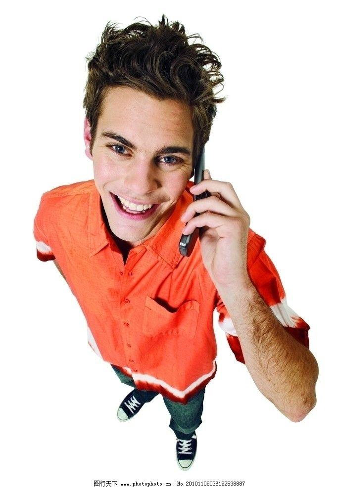欧美人物 人物 男人 手势 满意 手机 优秀 微笑 日常生活 人物图库
