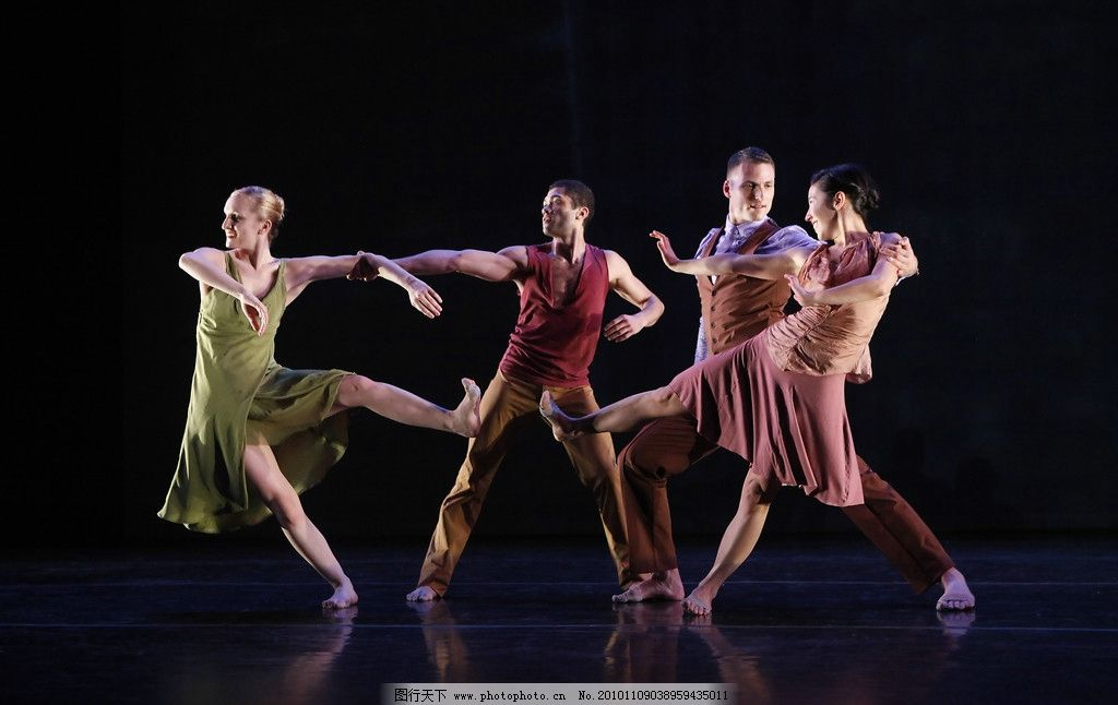 舞蹈 跳跃 舞台 艺术 姿势 视觉 形体 优雅 表演 摄影