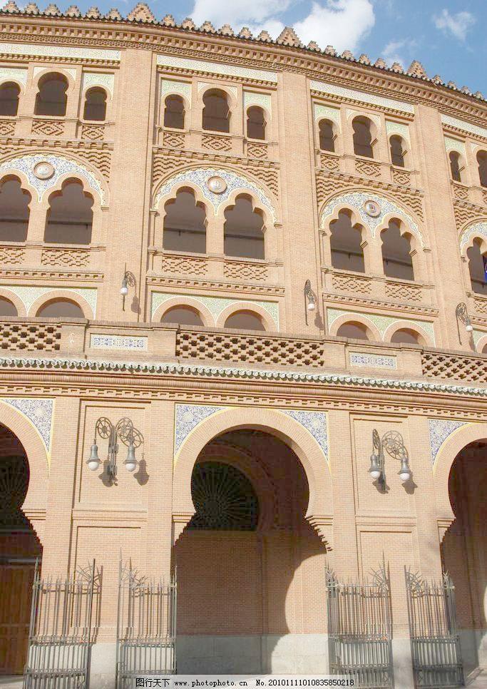 欧式建筑 城堡 窗户 房顶 浮雕 建筑摄影 建筑园林 欧式建筑图片素材