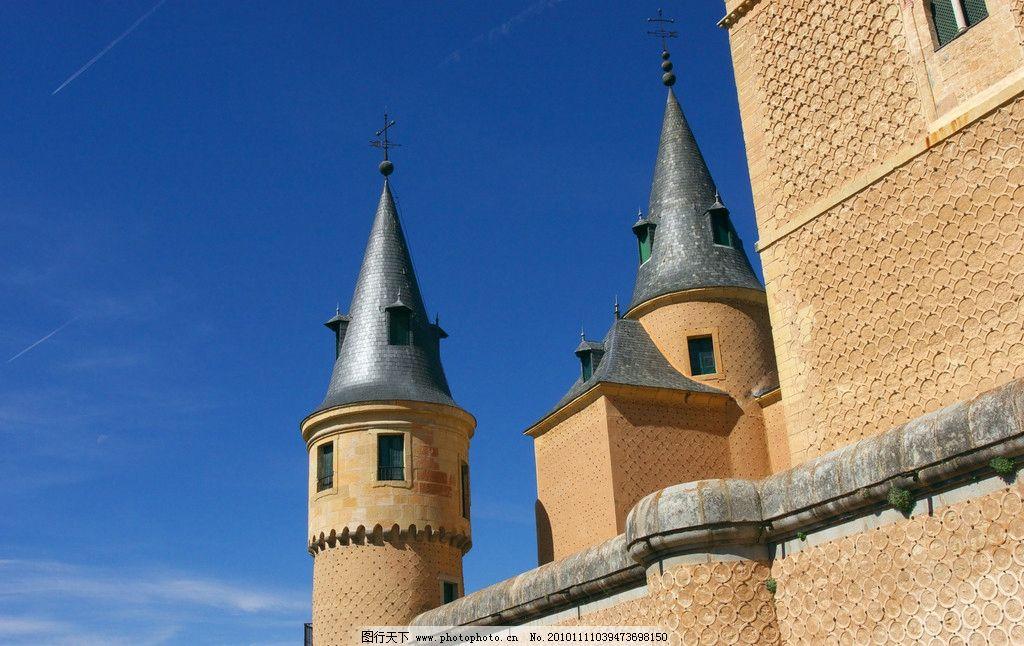 欧式建筑 房顶 尖顶 天空 城堡 窗户 铁艺 走廊 建筑摄影 建筑园林