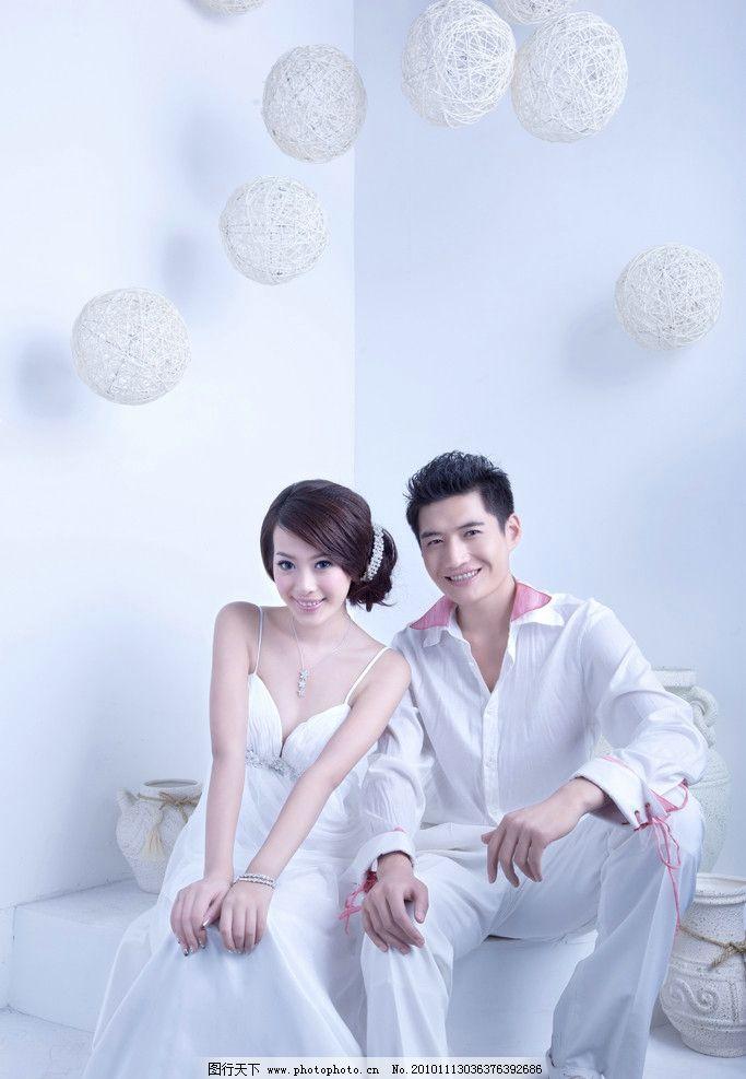 婚纱照 礼服 美女 花瓶 新娘 新郎 浪漫 甜美 白色婚纱 结婚照