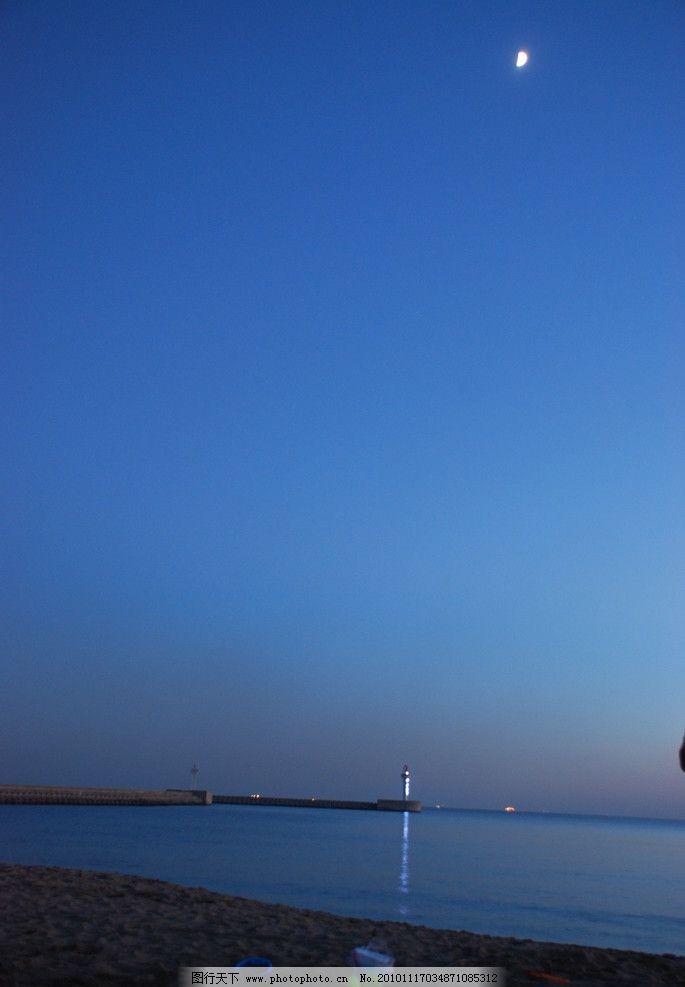 南戴河夜晚 灯塔 海滩