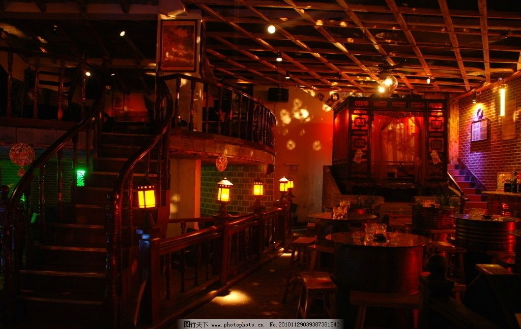 酒吧 灯光 酒吧场景 酒吧装饰 酒吧环境 夜店风情 室内摄影 建筑园林