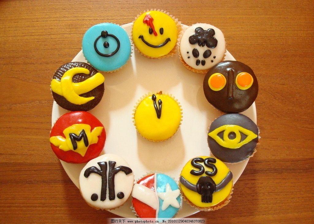玛芬蛋糕 玛芬 蛋糕 卡通 装饰 可爱 糕点 西餐美食 餐饮美食 摄影 72