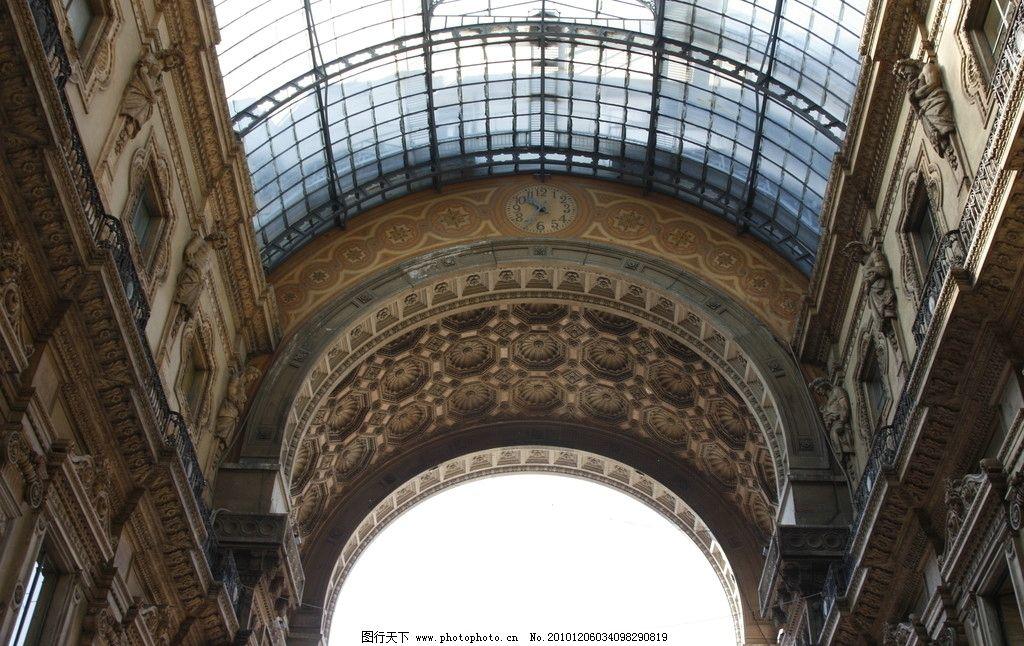 米兰 雕塑 欧式雕塑 人像 石像 装饰 雕花 欧式雕花 玻璃 玻璃顶棚 钢
