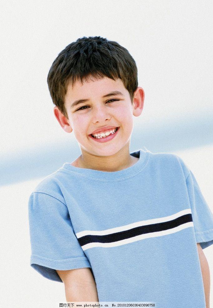 摄影图库 人物图库 人物摄影  小男孩 小帅哥 高兴 开心 快乐 外国小