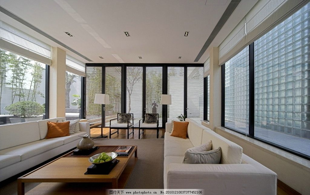 客厅空间设计      干净 家具 家居 沙发 灯具 窗户 茶几 装饰 装修