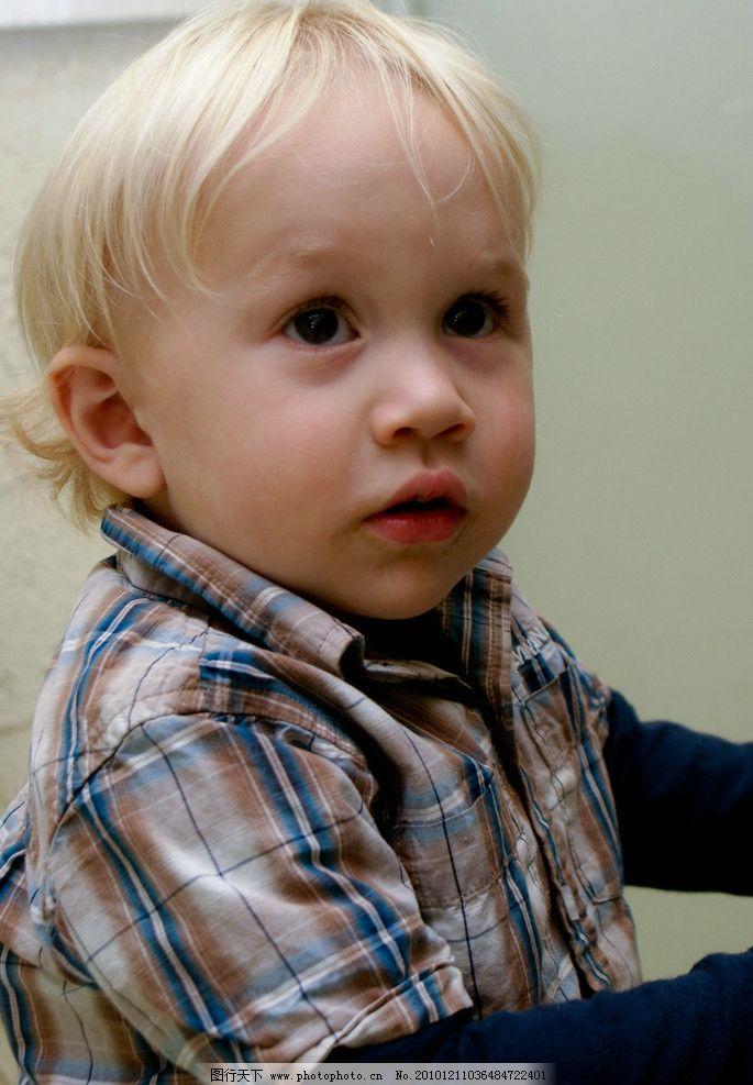 德国 小男孩 外国儿童 学前男童 金发碧眼 高鼻梁 形美小嘴 漂亮的脸