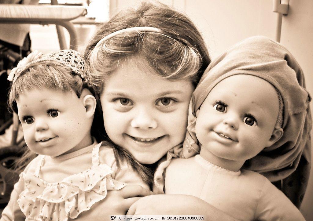 英国 小女孩 女童 金色秀发 大眼睛 炯炯有神 头箍 漂亮的脸 纯情的脸
