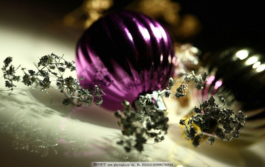圣诞彩球图片_树木树叶_生物世界_图行天下图库