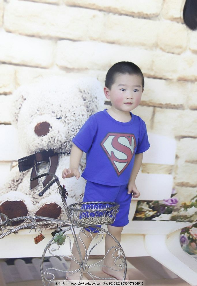 小男孩 国内小男孩 超人 自行车 儿童摄影 高清 小帅哥 2岁男孩 儿童