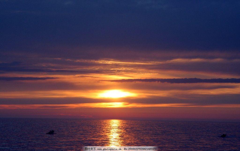 湖水 湖畔 湖光 黄昏 云彩 山水风景 自然景观 摄影