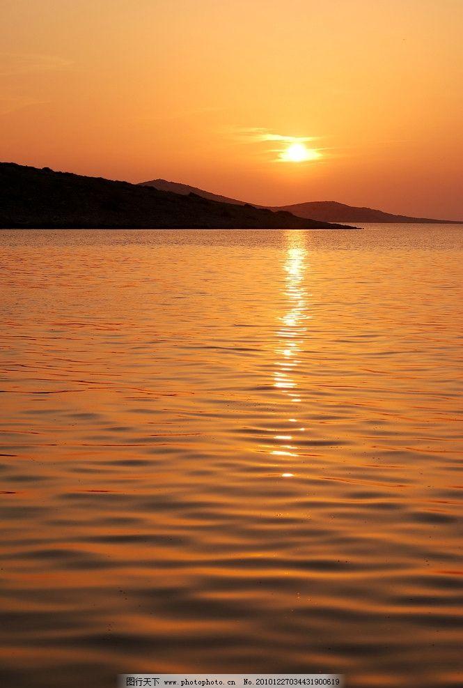 湖光 湖畔 黄昏 云彩 湖 山水风景 自然景观 摄影 300dpi jpg